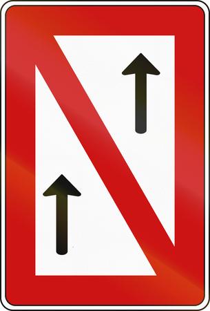 German inland water navigation sign - No passing.