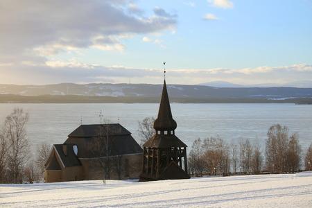 Hackas church at Lake Storsjon, Jamtland, Sweden, in winter. Zdjęcie Seryjne