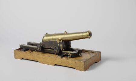 Model of a 60-Pounder Gun on Slide and Pivot, 19th century arms