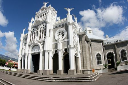 middle america: The cathedral Basilica de Nuestra Senora Los Angeles in Cartago in Costa Rica