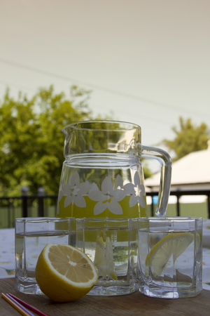 decanter: Decanter lemonade glasses