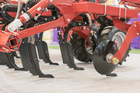Agricultural machinery for soil cultivation
