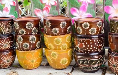 ollas de barro: Las ollas de barro para la plantaci�n de �rboles
