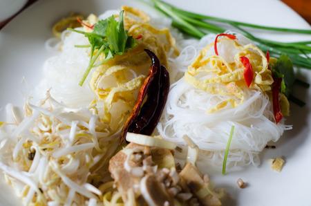 coconut milk: Rice noodle in coconut milk sauce( MEE KATI)