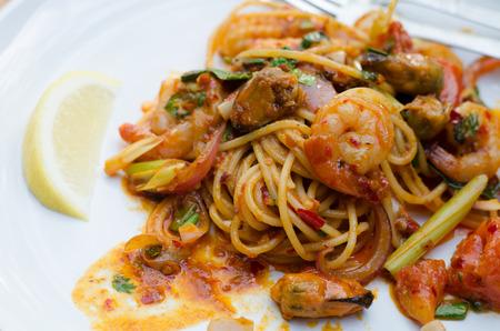 yum: tom yum spaghetti, thai food