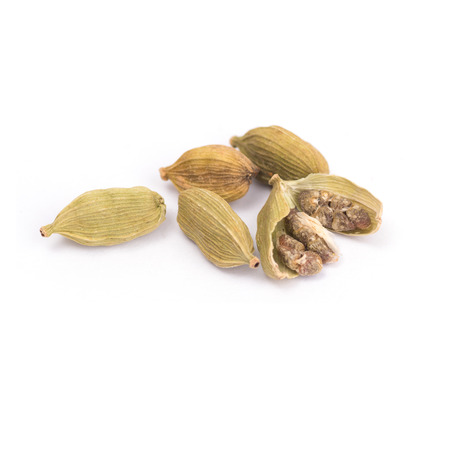 Green Cardamom, cardamon or cardamum  isolated on white background (dried fruits of Elettaria cardamomum) 写真素材