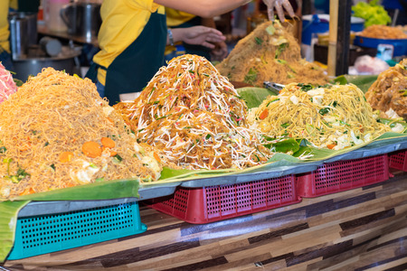 Pad thai. Street food in Thailand 版權商用圖片
