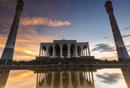 statutes: Mosque Reflection Stock Photo