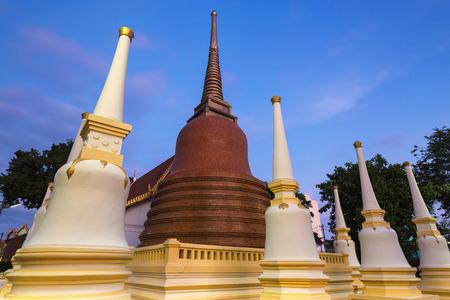 statutes: Pagoda