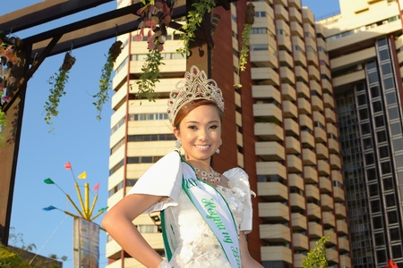 MANILA, PHILIPPINES - APR  14  pageant contestant in her cultural dress pauses during Aliwan Fiesta, which is the biggest annual national festival competition on April 14, 2012 in Manila Philippines  Stock Photo - 13315917