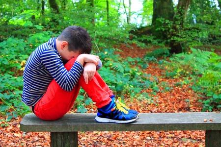 hugging knees: Youth pressure