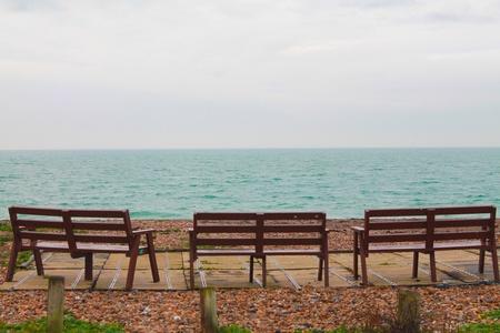 aqua: Three viewing seats