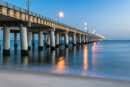 bay: Chesapeake Bay Bridge as seen from Virginia Beach 30 minutes prior to sunrise