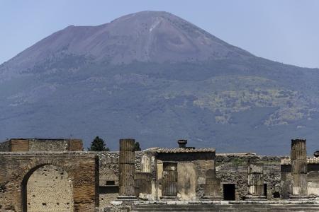 pompeii: Ruins of Pompeii and Mt Vesuvious