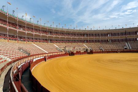エル ・ プエルト ・ デ ・ マリア、カディス スペインのプロバンスでの闘牛場。 1880 年に建てられた、スパインズ上最も美しく、最も重要な bullrings