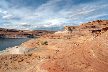 A recreation and conservation unit of the National Park Service (USA) that encompasses the area around Lake Powell and lower Cataract Canyon in Utah and Arizona