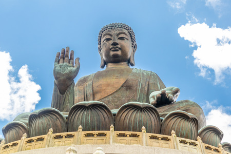 Tian Tan Buddha, Big Budda, The enormous Tian Tan Buddha at Po Lin Monastery in Hong Kong. The worlds tallest outdoor seated bronze Buddha located in Ngong ping 360. Banco de Imagens