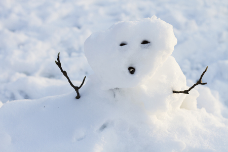 a poorly made snowman Stock Photo - 99348260