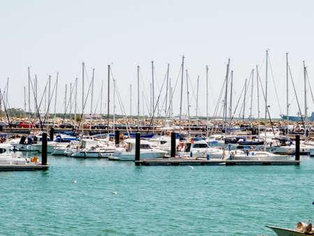 Recreational maritime port