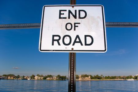 End of Road Sign at Dead End on Intracoastal Waterway  Stok Fotoğraf
