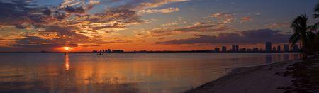 Peaceful Miami Sunset Biscayne Bay Beach Panorama  Фото со стока