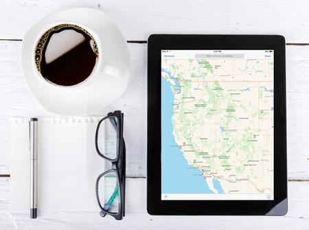 Chiang Mai, Thailand Fab 25, 2015: Google Maps is een desktop en mobiele web mapping service applicatie en technologie wordt aangeboden door Google maps,