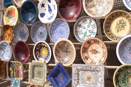 tipico souvenir dalla Tunisia (molto bella colore ceramica)