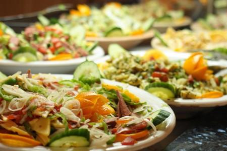 gastronomia con frutta verdura e carne