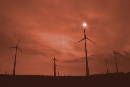 wind farm in Wien and the sun Stock Photo - 5548723