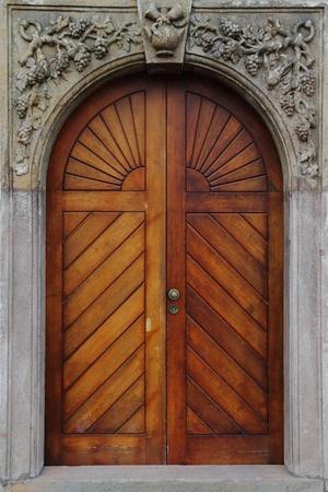 old door as very nice architecture background Standard-Bild