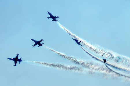 airplanes on the blue sky (very nice fly effect) Stock Photo - 10963669