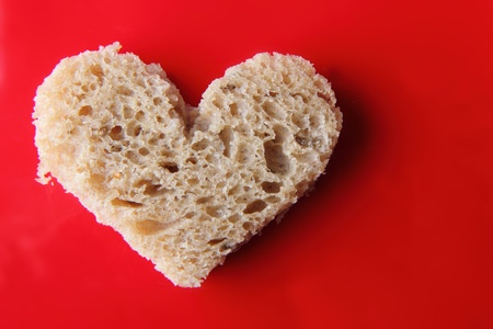 valentine heart from the slice of bread Stock Photo - 12320044