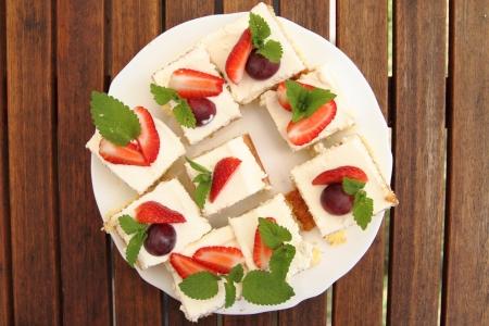 nice food: Клубничный десерт, как очень хороший фон пищи Фото со стока