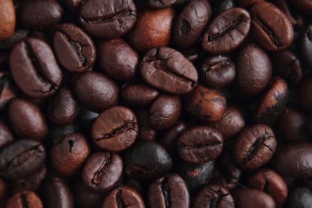 nice food: coffee beans background as nice food texture Фото со стока