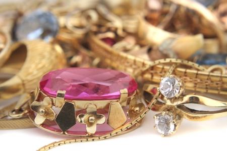 bijoux diamant: vieux bijoux en or comme fond belle entreprise Banque d'images