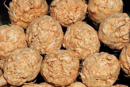 nice food: корень сельдерея, как вкусная еда растительного фоне Фото со стока