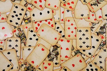 jeu de carte: vieilles cartes � jouer que joli fond de casino