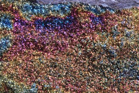 chalcopyriet textuur als zeer mooie regenboog minerale achtergrond