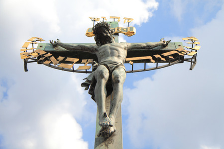 cristianismo: crucifix and blue sky as christianity symbol