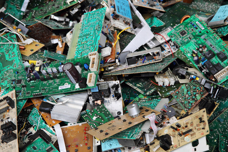 electronic circuits garbage as background from recycle industry Foto de archivo