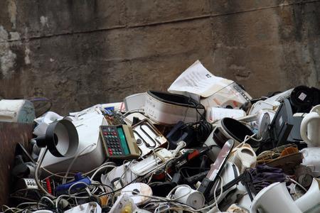 alte elektronische Maschinen Müll aus Recycling-Industrie