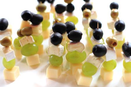 nice food: виноград, сыр, виноград, как хороший фон еды Фото со стока