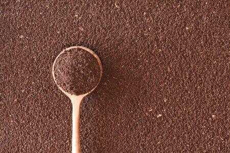 Ground Arabica coffee, the dominant cultivar worlwide. Banco de Imagens