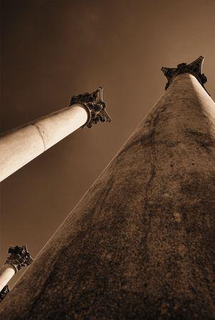 towering: Alt�simos pilares