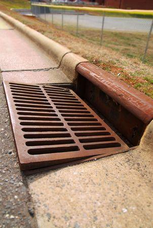 riool: Goot storm drain Stockfoto