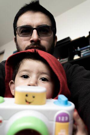 Father, son and camera Zdjęcie Seryjne
