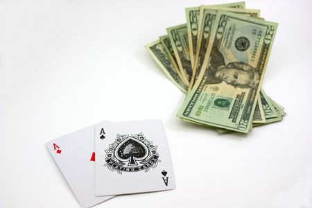 Poker pair of aces, successful cash bet
