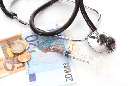 De euro is onder vuur genomen en grondig onderzocht Stockfoto