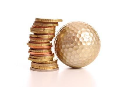 Stapel van Euro munten, de uiting van de toename en de kosten van leven onder de eurocrisis