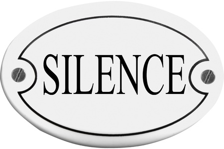 stifle: Old-fashioned door name plate  with text silence